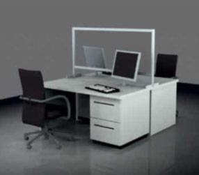 Také vhodné k oddělování pracovišť naproti sobě, vedle sebe, u psacího stolu či u počítačů.